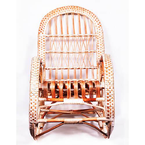плетеное кресло-качалка №1