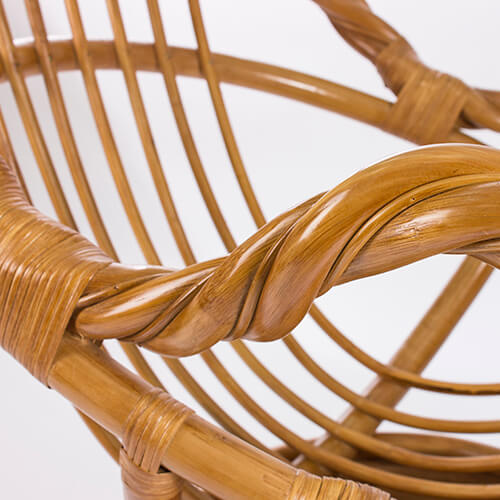 кресло-качалка из ротанга Moravia