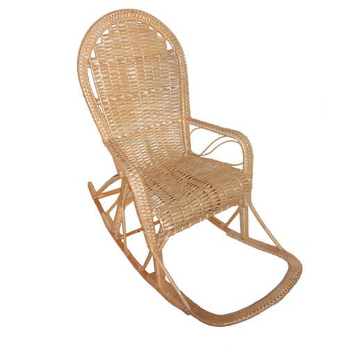 плетеное кресло-качалка Классика с заплетенной спинкой